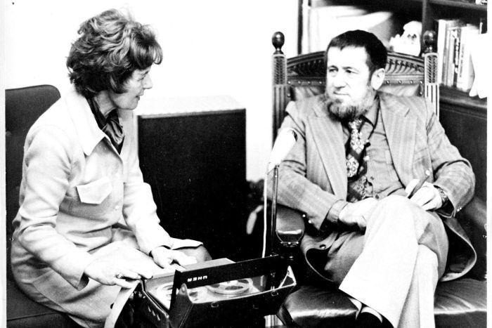 Hazel de Berg interviewing Harry Messel